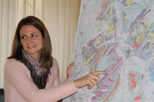 Lucie Depuydt et la carte des sols du Chablisien